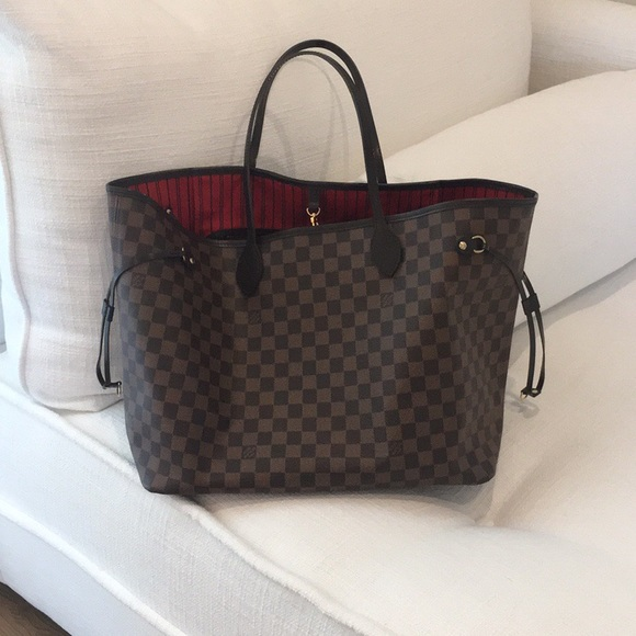 6a5868fd2064 Louis Vuitton Handbags - Authentic LV Neverfull GM tote    Giveaway w purch